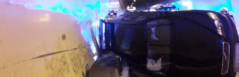 Verkehrsunfall im Hieflertunnel