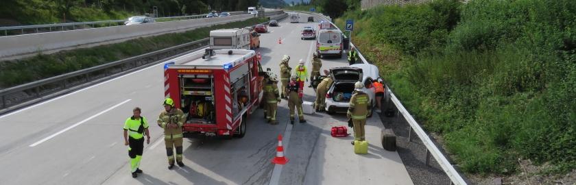 Verkehrsunfall mit Verletzten, A10, Fahrtrichtung Villach